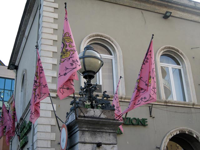 flags-of-rione-morlupo