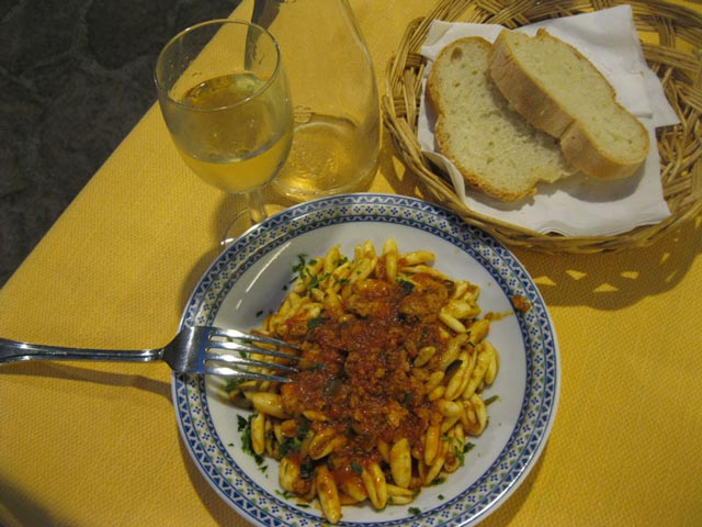 pasta-with-whitefish-at-trattoria-da-picchietto