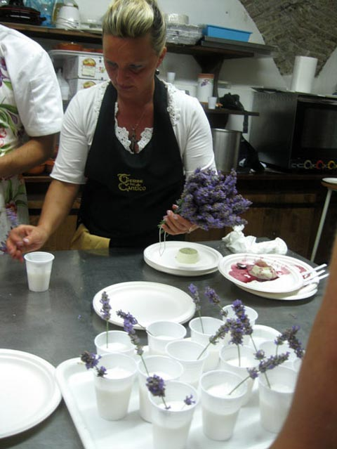 stefania-decorates-lemon-sorbet-with-lavender-sprigs