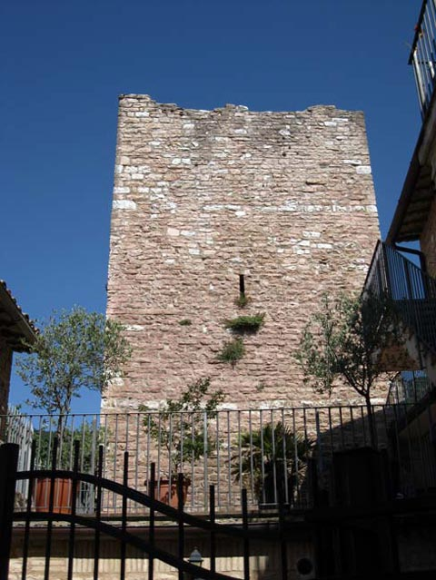 medieval-guard-tower-of-collepino