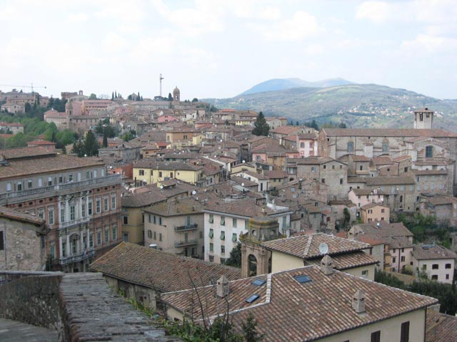 Perugia-rooftop-view