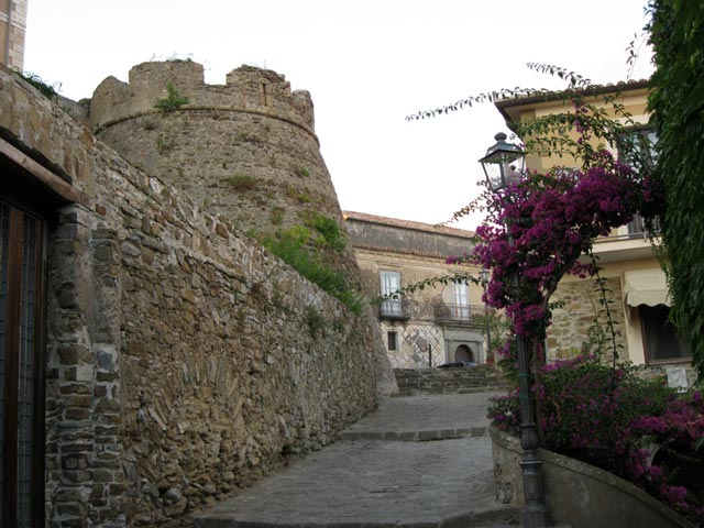 castellabate-fortifications