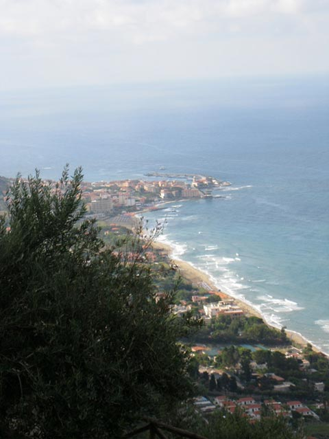 cilento-coast-view-to-south-from-casale-s-rosalia