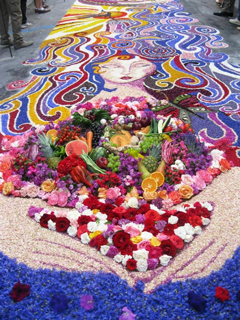 Flowers-and-fruit-join-in-a-Spello-Infiorata-masterpiece