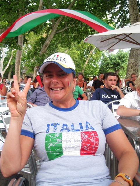 Victory-for-Italia-sign.