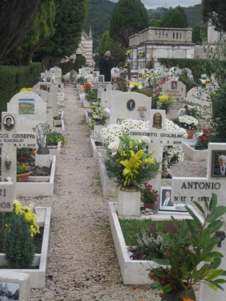 Chrysanthemums of all colors abound - and many family tombs are architectural wonders
