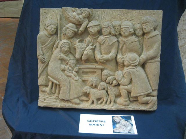 creche-in-terracotta-relief-e1356272250406