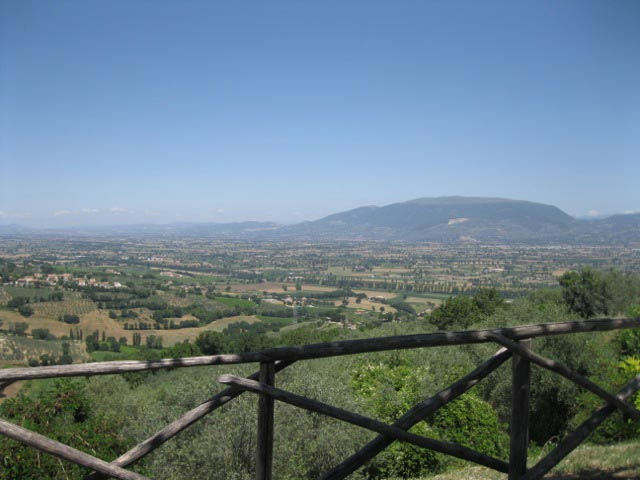 A-view-from-Montefalco-the-balcony-of-Umbria