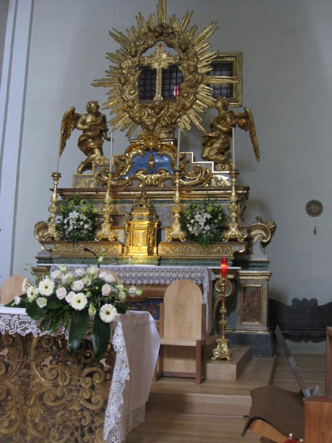 St-Clare-church-altar