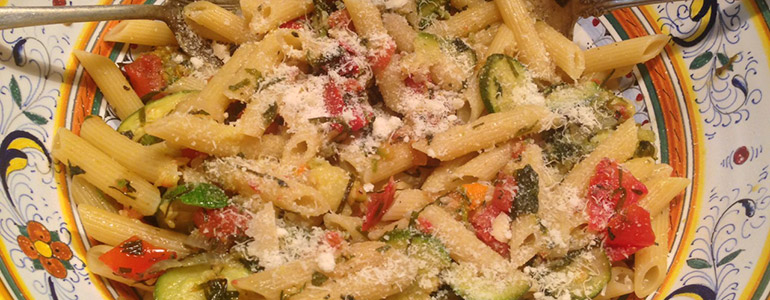Summertime goodness: pasta with zucchini