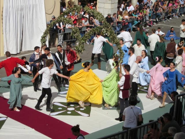 Passione-for-medieval-dance-song-in-Assisi