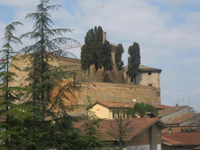 Rocca-di-Meldola-stands-guard-over-the-town