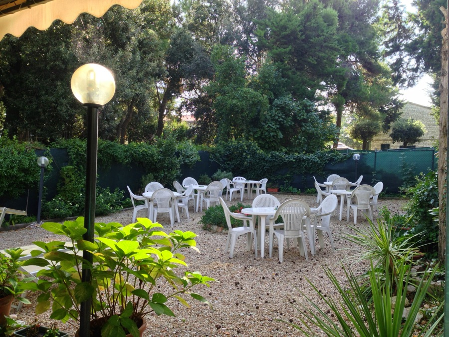 Breakfast at Hotel Il Parco is often in the garden