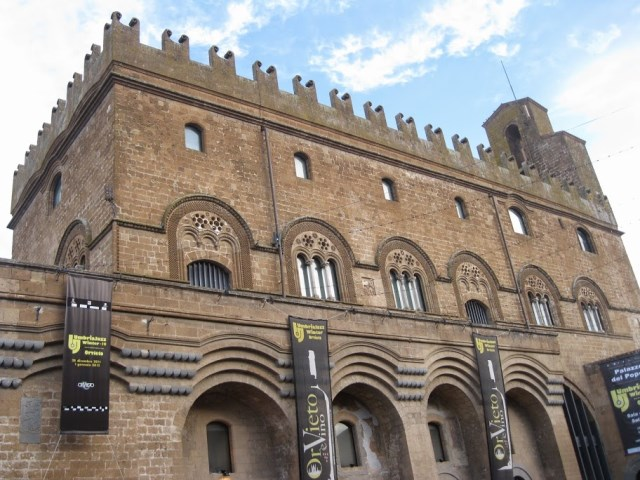Palazzo del Popolo, 14th century, explodes with jazz during Umbria Jazz Winter