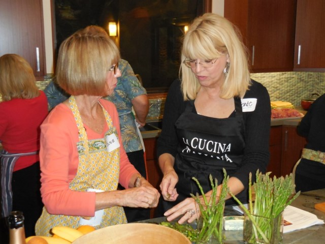 Susie G meets Wende while cooking