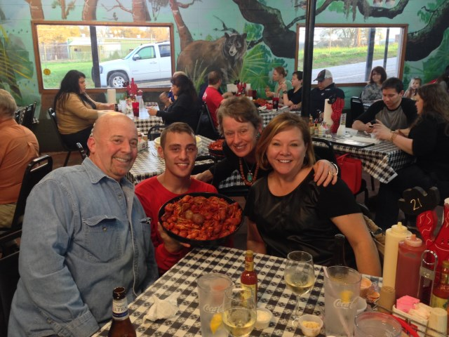 Crawfish feast at Alligator Cove with Sam and Michelle