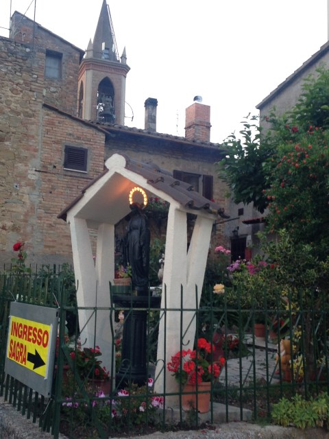 We passed the village church as we headed for the sagra entrance