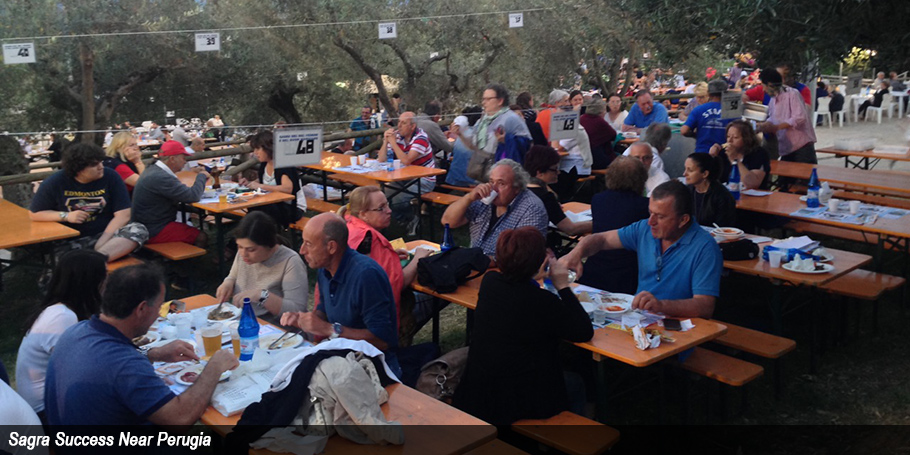 People at the Sagra