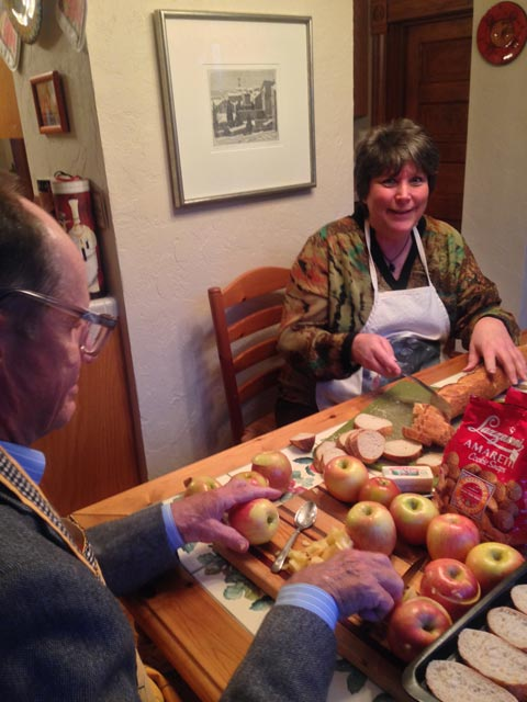 Laurie and Steve: apple-prep duo