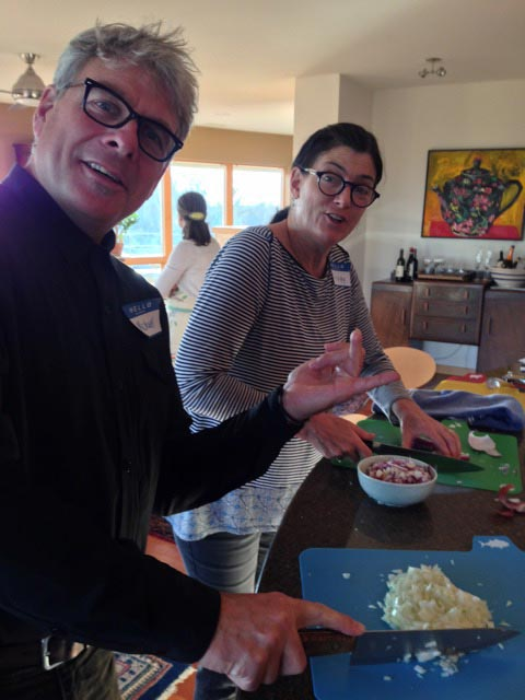 Mike and Peggy, onion-dicing duo