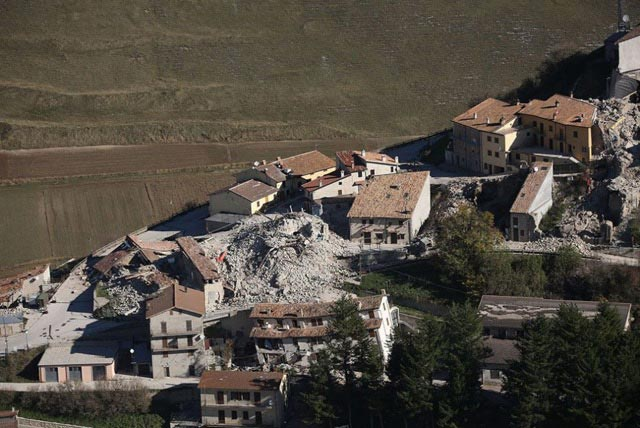 castelluccio-damaged