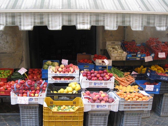market-fruits
