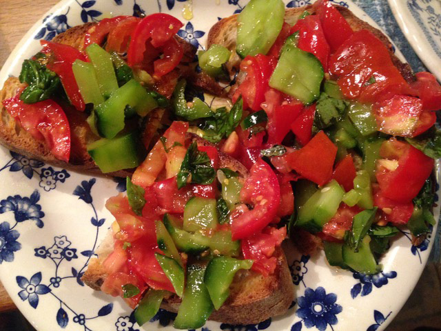 bruschetta-with-tomatos