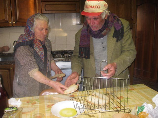 peppe-and-Gentile-about-to-toast-bread-for-bruschetta