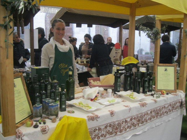 selling-olive-oil