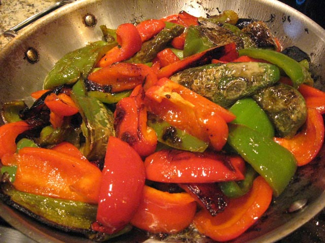 RECIPES-PEPPERS-CHICKEN