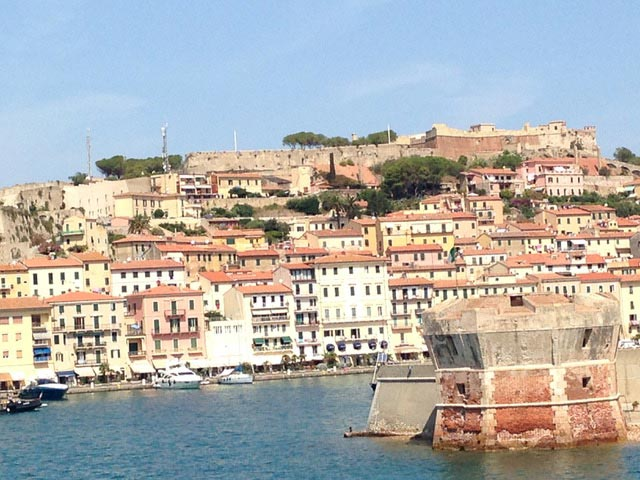 portoferraio-port-as-we-leave