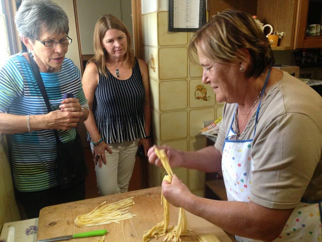 Rural Feasting Near Deruta: Homemade Pasta – and Not Only… 01 – 14