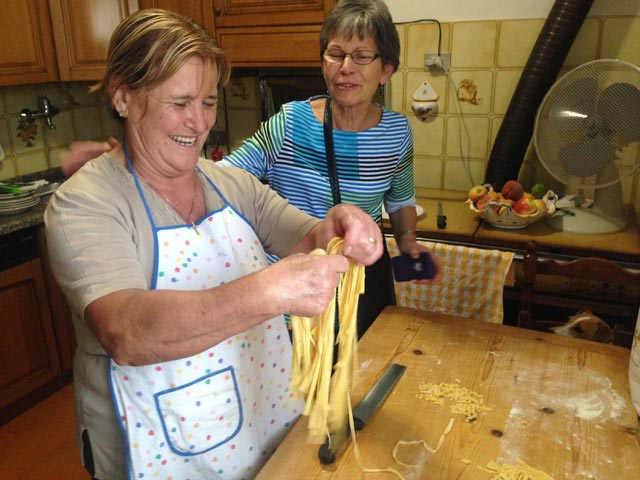 Rural Feasting Near Deruta: Homemade Pasta – and Not Only… 01 – 17