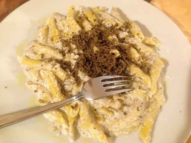CACIO-PEPE-WITH-TRUFFLES
