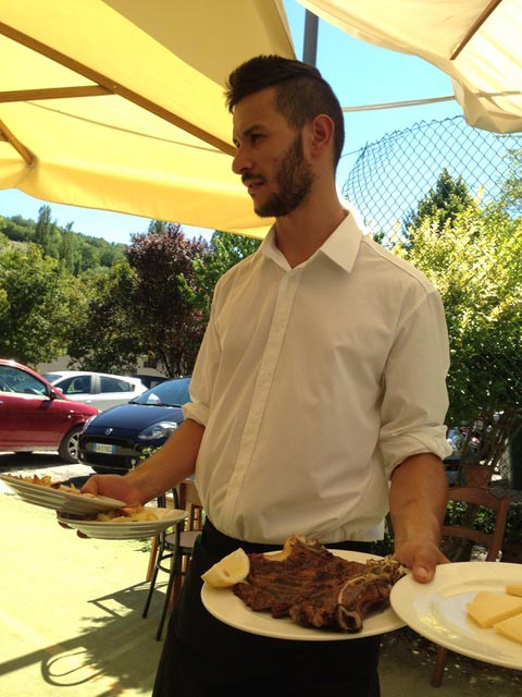 waiter-with-steak