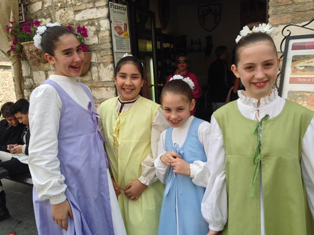 Photo 06 – Inside Anne's Umbria Celebration: Second Time Around! – Slider 3