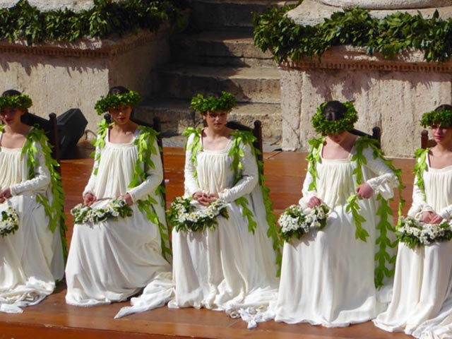 Photo 09 – Inside Anne's Umbria Celebration: Second Time Around! – Slider 2