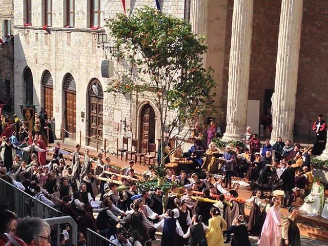 Photo 05 – Inside Anne's Umbria Celebration: Second Time Around! – Slider 3