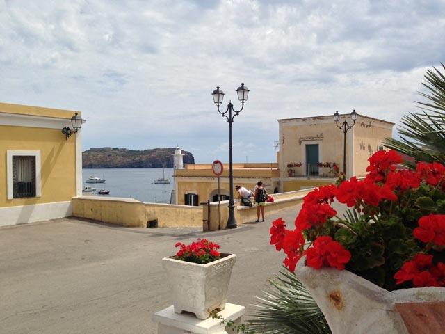 Photo 07 – Ventotene: That Kaleidoscopic Island 1
