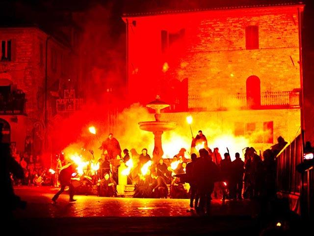 Assisi's Calendimaggio: Living La Passione 1 – 23