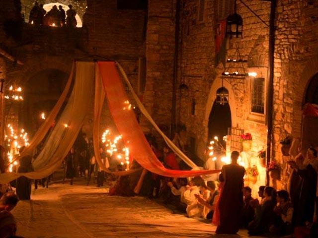 Assisi's Calendimaggio: Living La Passione 1 – 07