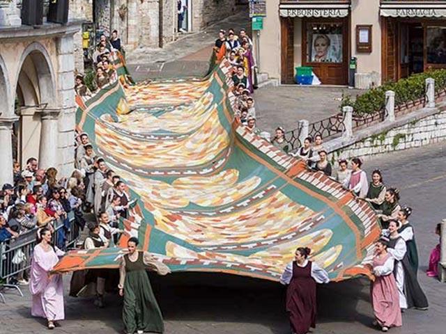 Assisi's Calendimaggio: Living La Passione 1 – 05